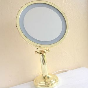 Make-up Mirror with Light Lights up Gold Vintage